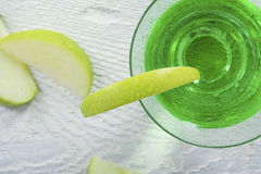 Green Apple Martini Cocktail in Closeup Royalty Free Stock Photos