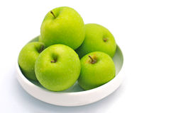 Green apples. Fresh apples arranged in a bowl Royalty Free Stock Photos