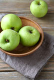 Green apples in a bowl Stock Photography