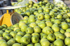 Green apples in the market Royalty Free Stock Photography