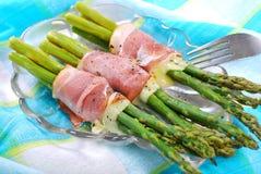Green asparagus with ham mozzarella Stock Photography