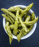 Green Asparagus on a slate slab Royalty Free Stock Photography