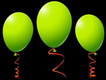 Green balloons against black Royalty Free Stock Photography