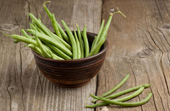 Green beans in ceramic bowl royalty free stock images