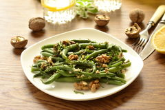 Green beans salad with walnuts Royalty Free Stock Photos