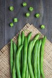 Green beans on wooden  backgroun Royalty Free Stock Images