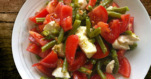 Green beans, tomatoes and mozzarella salad Royalty Free Stock Image