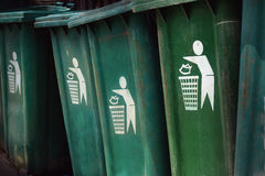 Green bin. please litter into bins symbol. Royalty Free Stock Photography