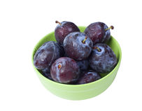 Green Bowl with plums Royalty Free Stock Photos