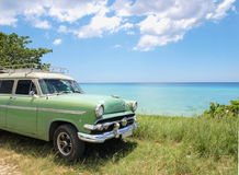 Green classic car in Cuba Stock Photography