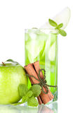 Green cocktail with apples, mint and cinnamon Royalty Free Stock Photography