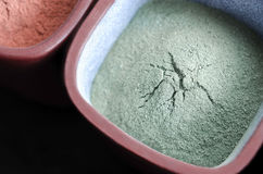 Green cosmetic clay powder Royalty Free Stock Photos