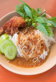 Green curry rice noodle and fried chicken Royalty Free Stock Image