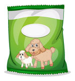 A green dogfood pouch with an empty label Stock Photography