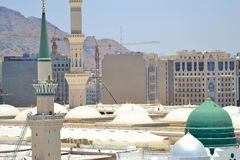 Green dome and minarets in Prophet's Mosque Royalty Free Stock Photos