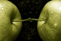 green för 03 äpplen Arkivbilder