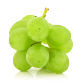 Green  grape  bunch i solated on white background cutout Royalty Free Stock Photography