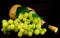 Green Grapes and Wine Royalty Free Stock Photos