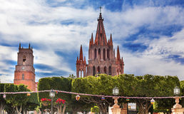 Green Jardin Parroquia Church San Miguel de Allende Mexico stock images
