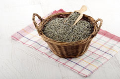 Green lentil in a basket Royalty Free Stock Photos