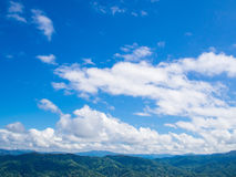 Green mountain with blue sky Royalty Free Stock Photography