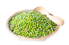 Green mung beans in weave basket. Royalty Free Stock Photos
