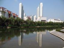 green nowoczesnej budynku środowiska Zdjęcie Stock