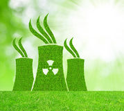 Green nuclear power plant icon Royalty Free Stock Image