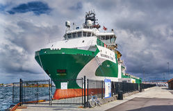 Green offshore supply ship vessel Stock Photography