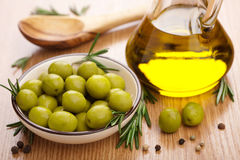Green olives and oil Stock Photography