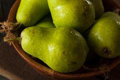Green Organic Bartlett Pears Royalty Free Stock Image