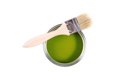 Green paint can with brush Royalty Free Stock Photography
