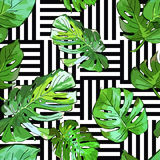 Green palm tree leaves on black and white geometric background. Vector summer seamless pattern. Royalty Free Stock Photos
