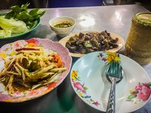 Green papaya salad, also known as Som Tam, a spicy salad made from shredded unripe papaya. Probably originating from ethnic Lao pe. Ople, it is also eaten stock image