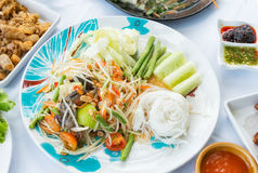 Green Papaya Salad or Som tum Thai Stock Images
