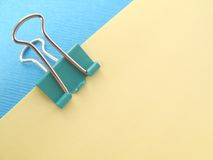 Green paper clip Royalty Free Stock Photography