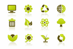 Green PC / IT Icon Set. A set of 12 environmental icons Royalty Free Stock Photography