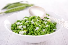 Green pea salad Royalty Free Stock Images