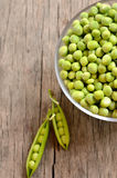 Green peas in a bowl Royalty Free Stock Photography