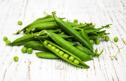 Green peas with leaf Royalty Free Stock Photography