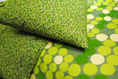 Free Green Pillow And Bedspread Stock Photography - 20807972