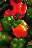 Green and red bell peppers Royalty Free Stock Photography