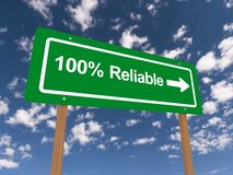 Green 100% reliable signpost Stock Photo