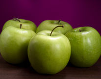Green ripe apples Royalty Free Stock Photos
