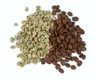 Green and roasted coffee beans Royalty Free Stock Image