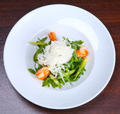 Green salad with king prawns Royalty Free Stock Images