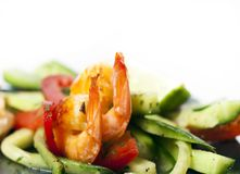 Green salad with shrimps Royalty Free Stock Photos