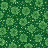 Green seamless background with shamrock Royalty Free Stock Images