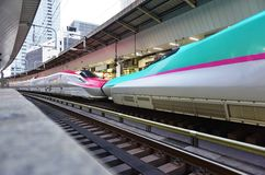 A green Series E5 Shinkansen high-speed bullet train Royalty Free Stock Photos