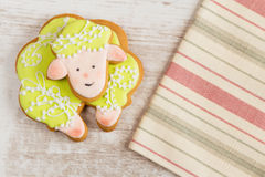 Green sheep gingerbread cookie Royalty Free Stock Photography